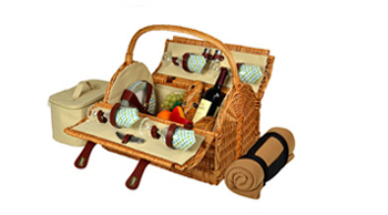 Yorkshire Picnic Basket for Four with Blanket